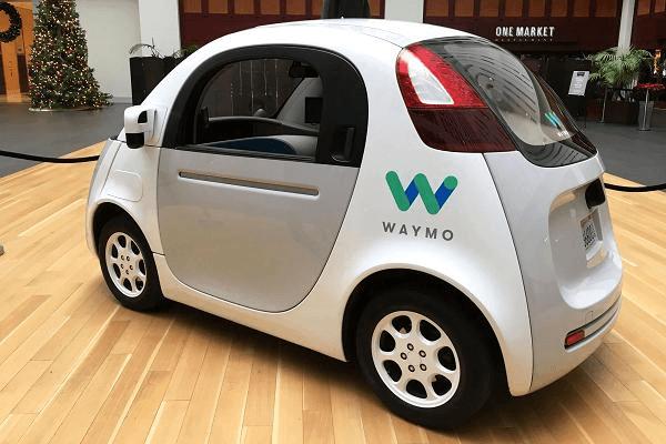 Voiture-Waymo-2