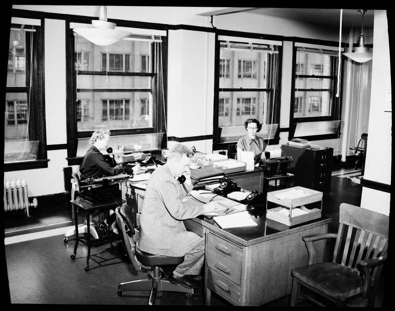 A-burolandschaft-office-image-9